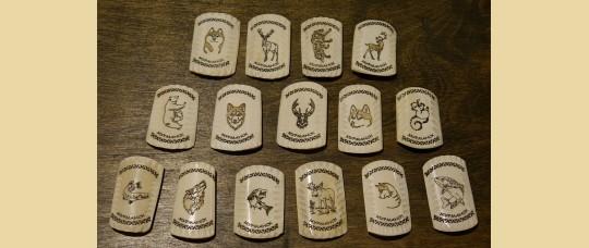 Магниты из кости оленя «Животные» с надписью